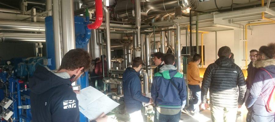 Classes de <i>refrigeració industrial</i> en Realitat Real!