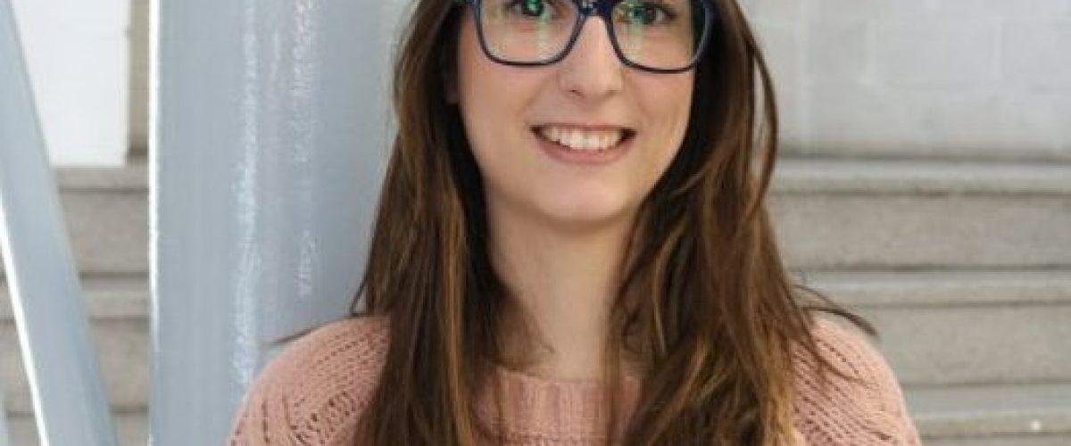 """""""Guindàvols va ser la millor època"""" Entrevistem a Maria Cabello, periodista i ex-alumna del centre"""