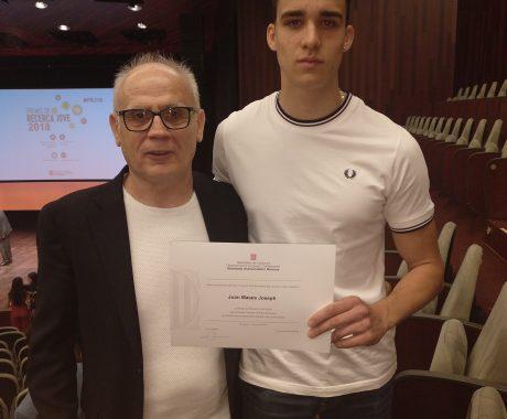 El Joan Mases guardonat en els premis de Recerca Jove.